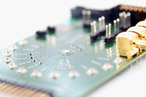 IMEC、瑞萨、M4S联手推出单芯片无线收发器