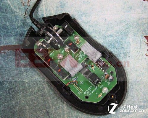 盟猛禽游戏鼠标电路设计展示-49元游戏鼠大揭秘 新盟猛禽鼠标拆解图片