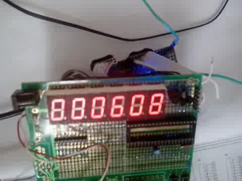 """yubinwu""的 RL78/G13 显示时钟视频"