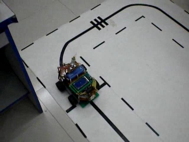 智能探测机器车