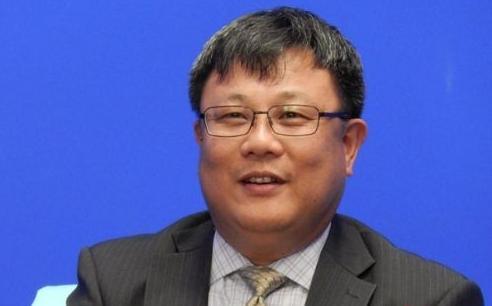 图为AMD全球副总裁、AMD大中华区董事总经理潘晓明作客CBSi中国媒体直播大联播