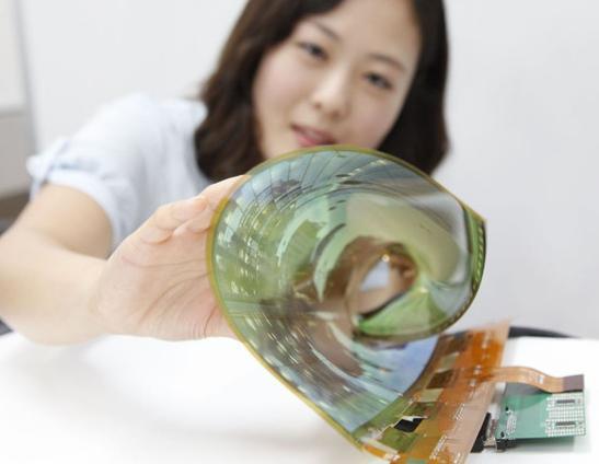 LG推新型柔性OLED面板 可造50英寸卷屏电视