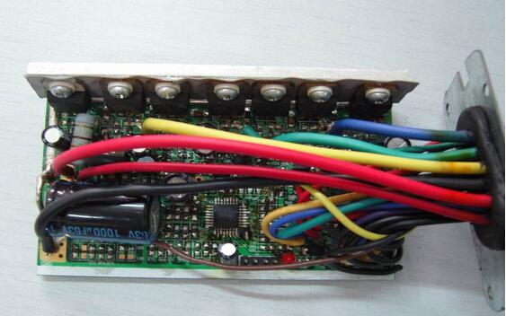 智能型高速电机控制器