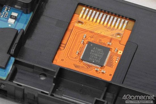 索尼PS Vita 2000全面拆解(图文)