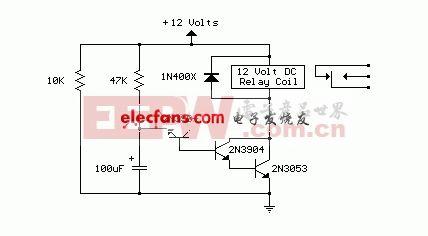 图2上电延时继电器电路