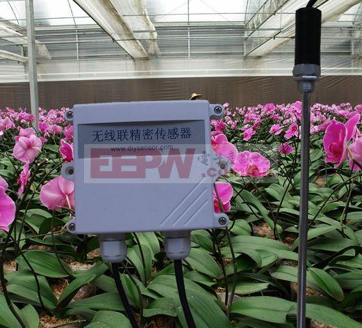 土壤湿度传感器原理