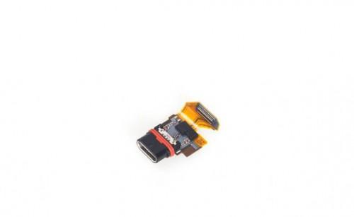 索尼XPERIA Z5 拆解