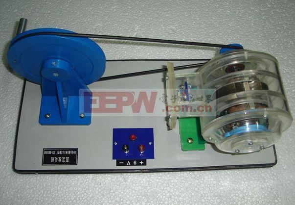 直流发电机由静止部分和转动部分组成。静止部分叫定子,它包括机壳和磁极,磁极当然是用来产生磁场的;转动部分叫转子,也称电枢。电枢铁芯呈圆柱状,由硅钢片叠压而成,表面冲有槽,槽中放置电枢绕组。   发电机的定子是有功源,产生感应电动势、电流,在原动力的拖动下,向外输出交流电的有功,由原动力(油量、气量、风量、水量等)决定有功功率的大小。   发电机的转子是无功源、绕组从外部引入直流电建立磁场,在原动力的拖动下,向外输送交流电的无功,由外部输入的直流电决定无功功率的大小。