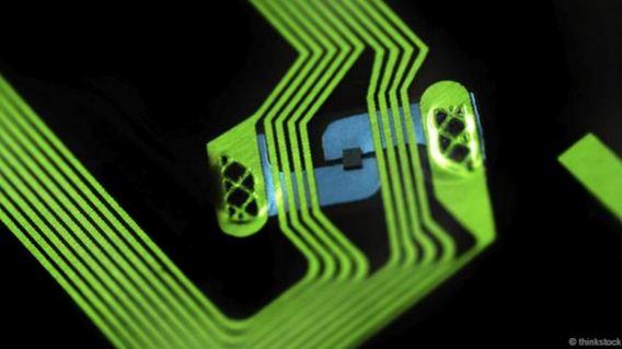 植入RFID芯片做手机黑□客是怎样一种体验?