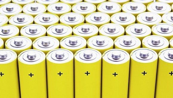 18650电池优势明显 争议中不断前行
