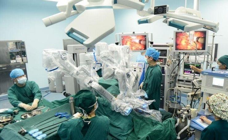 医疗手术机器人行业分析报告:还有谁能超过Intuitive Surgical