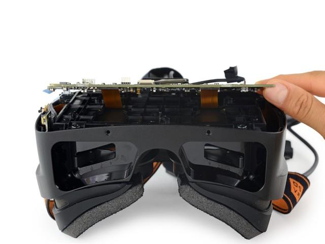 简单内部结构曝光 雷蛇OSVR详细拆解图