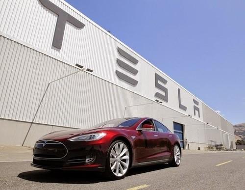 松下投资2.6亿美元联手特斯拉生产光伏电池