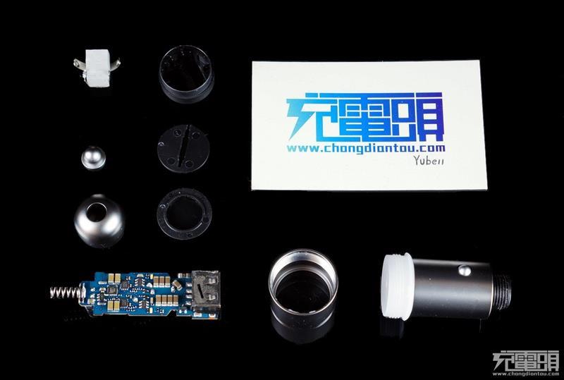 紫米双口QC 3.0车充拆解:做工没得喷