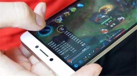 手机厂商们的下一战:全面屏将成新宠