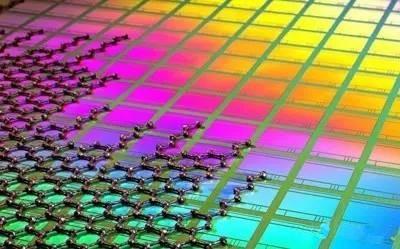 运用石墨烯与CMOS技术 这个图像传感器要逆天了!