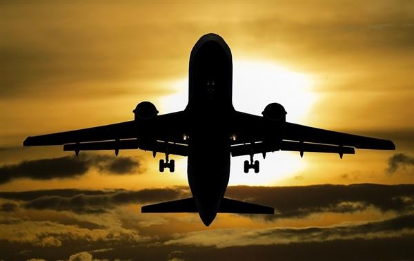 民航终于决定:飞行模式有望在国内解禁了