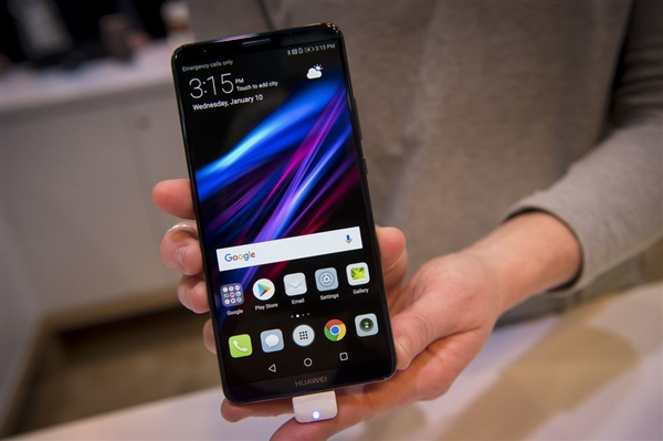 彭博社:美国政府施压 Verizon彻底放弃华为手机