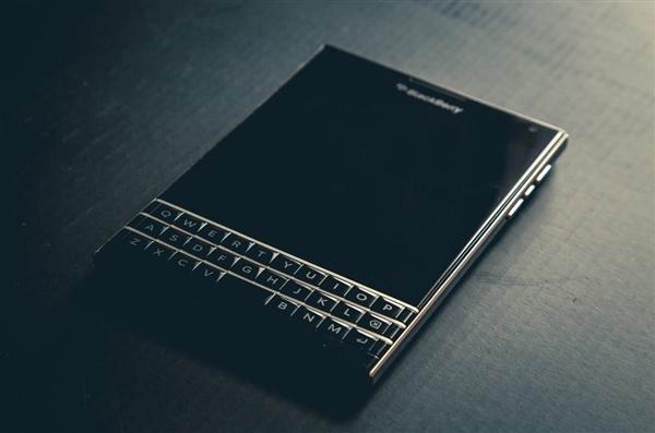 放弃BlackBerry系统!黑莓竟要强攻高端手机