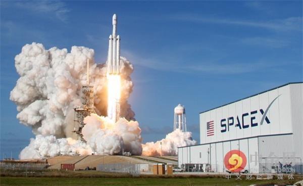 马斯克给上帝送了部特斯拉,SpaceX未来将主宰太阳系?