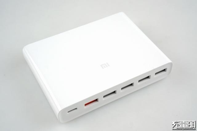 小米6口USB充电器拆解 这几大供应商中标百万订单,国产芯片受益