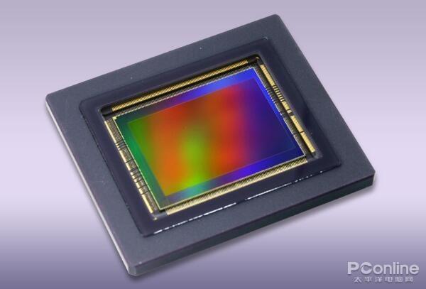 佳能展示1.2亿像素传感器与400万ISO传感器