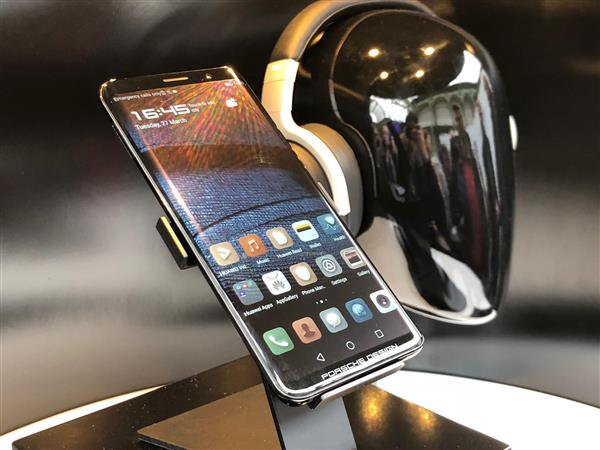 品牌联姻:徕卡、保时捷设计看中了华为手机什么?