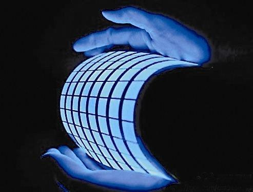 OLED行业市场空间巨大 柔性OLED成大势所趋