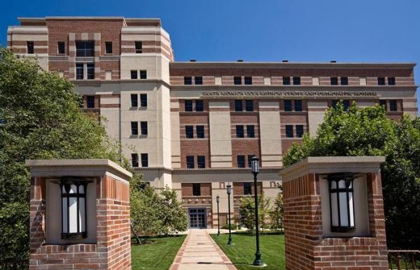梅奥、克利夫兰、麻省总医院等美国前五的医疗机构,它们利用AI在做什么?