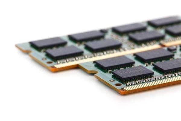 内存疯涨将告一段落 NAND/DRAM降价大幕拉启?