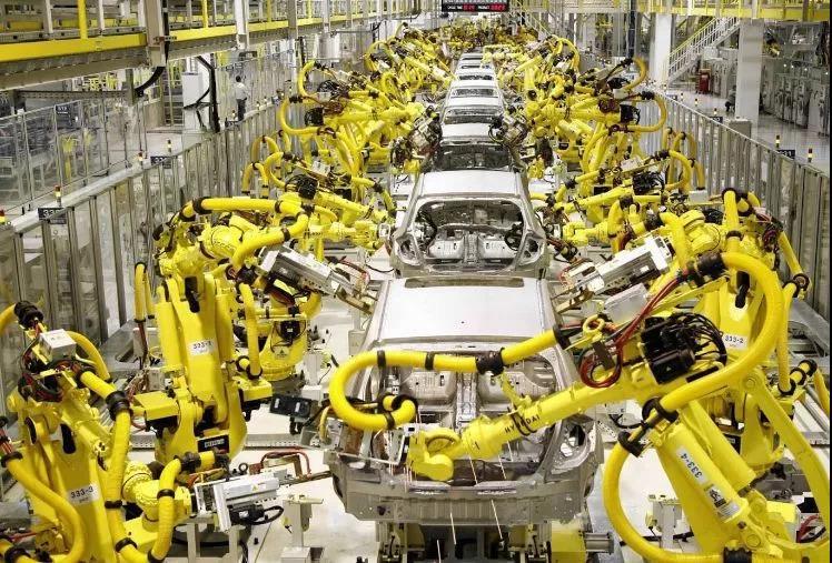 """追赶""""四大家族"""" 中国机器人产业正处于跃升期"""