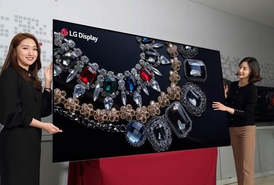 LGD砸重金豪赌OLED面板 能否抢夺市场主动权?