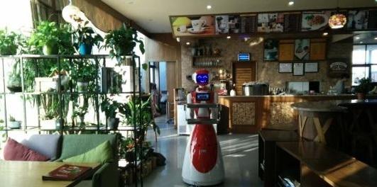 """服务机器人市场""""坏死"""",活路在哪?"""
