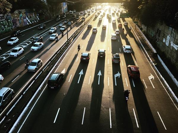 """雷洪钧:""""电电混合""""氢能汽车是中国特色技术路线"""