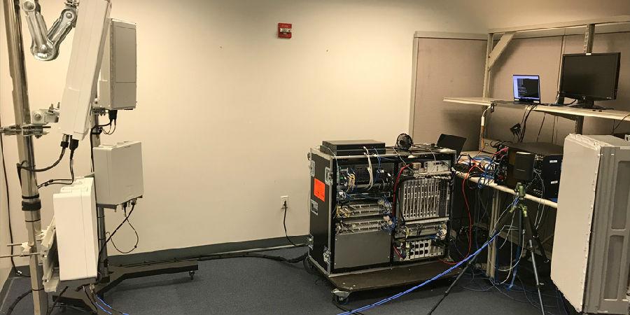 英特爾、愛立信聯手打造產品——3GPP NR標準下首個基于39GHz頻譜的端到端數據呼叫
