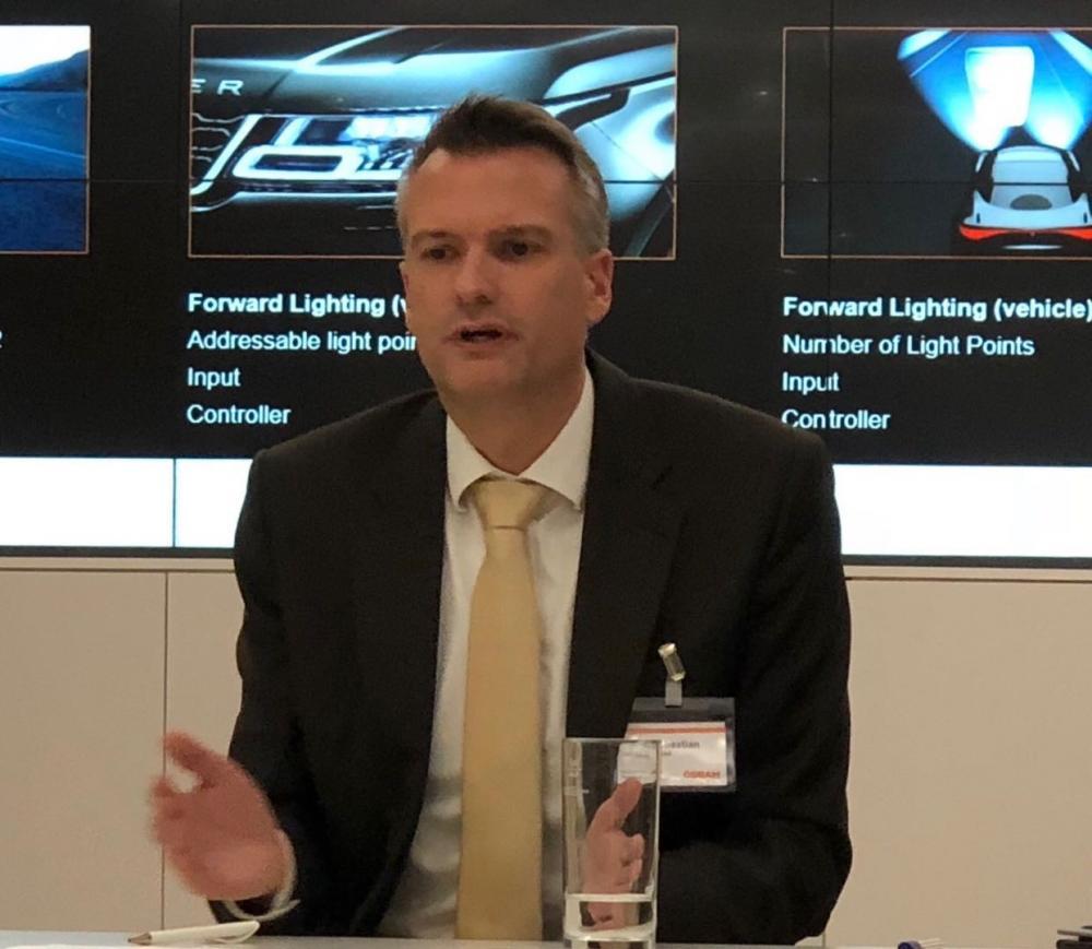 自动驾驶将为车灯照明带来革命