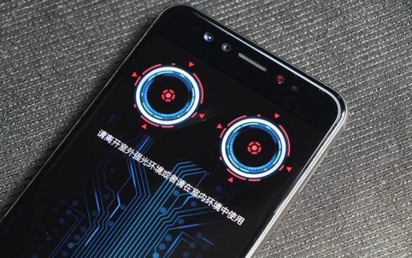 未来AI手机三大生物识别方式,方便与安全之间怎么选择