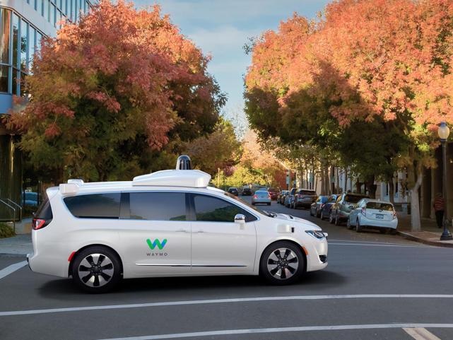 Waymo CEO:未来几十年,自动驾驶无法做到无处不在