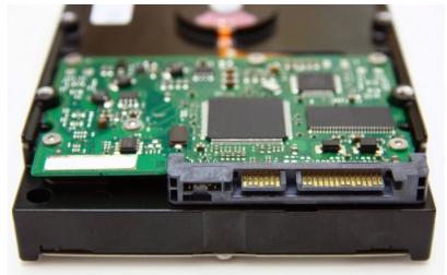 大容量数据存储的首选依旧是hdd机械硬盘
