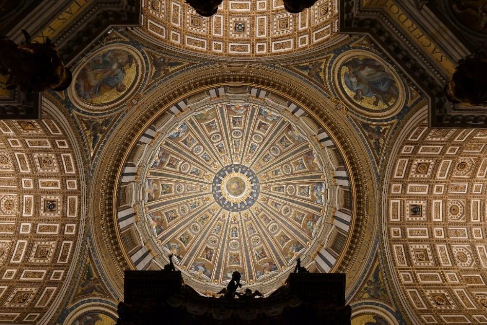 艺术与技术的完美融合:欧司朗全新照明系统闪耀梵蒂冈圣?#35828;?#22823;教堂