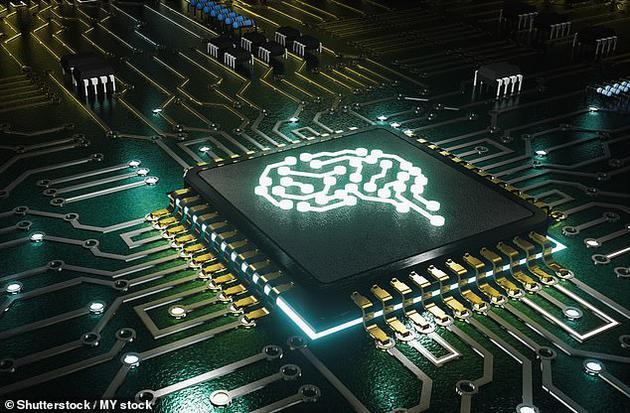 """植入人脑的高科技芯片很快就能提高人类智力!目前美国西北大学神经系统科学家致力于开发微创方法""""黑客""""人类大脑,并挖掘更大的人类潜力。"""