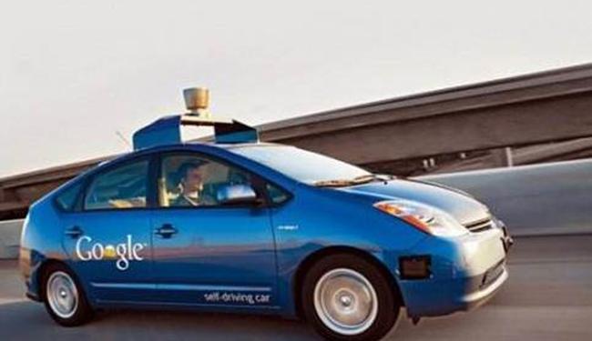 手机系统的霸主 为何无人驾驶踏入两个极端