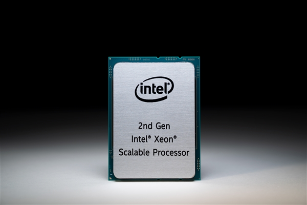 Intel发布二代可扩展Xeon:56核心112线程、傲腾内存、400W功耗
