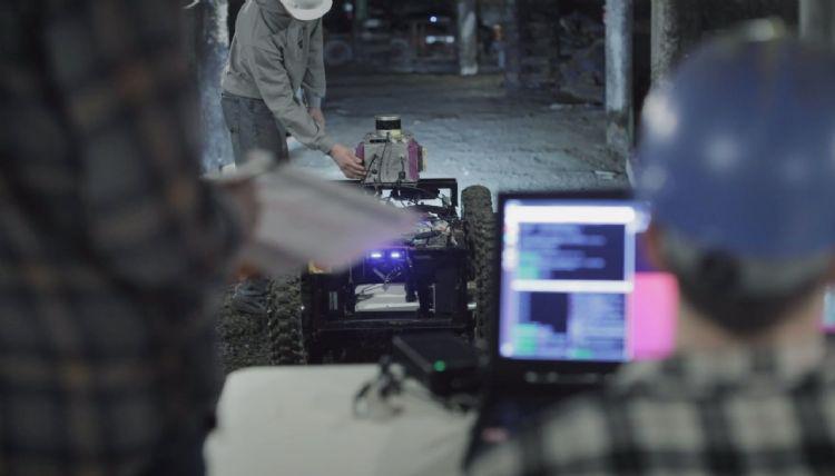 CMU开发出地底救援机器人和无人机系统