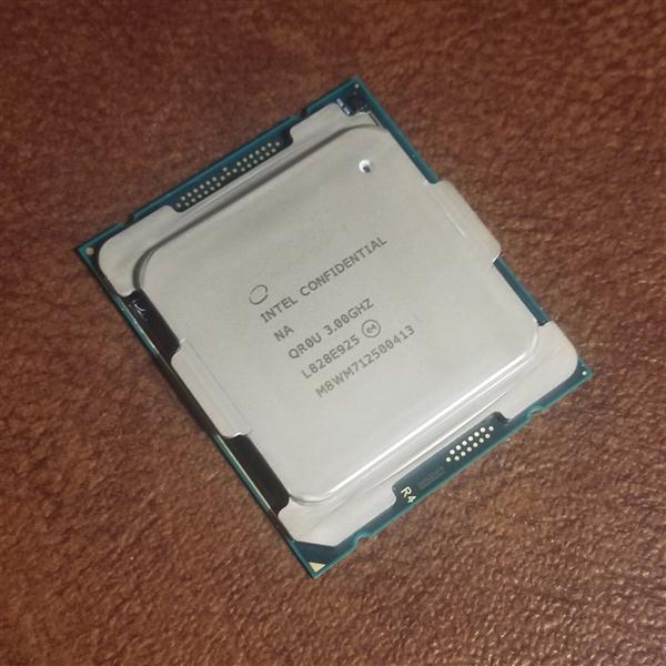 Intel 10核心发烧新品曝光:14nm继续提升频率