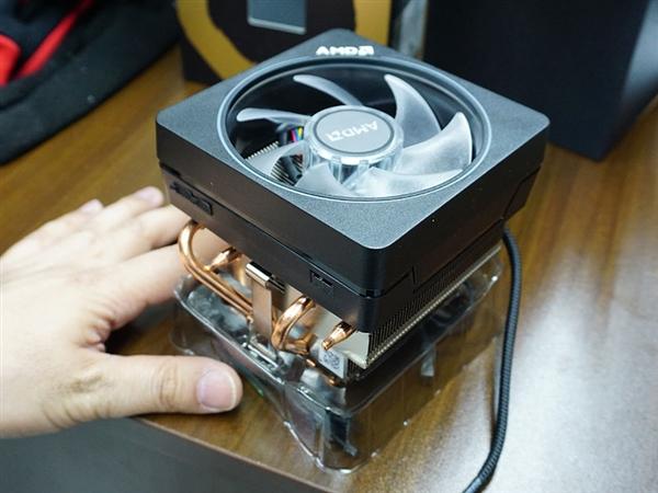 日本开卖AMD 50周年纪念版锐龙7 2700X:贵了30%