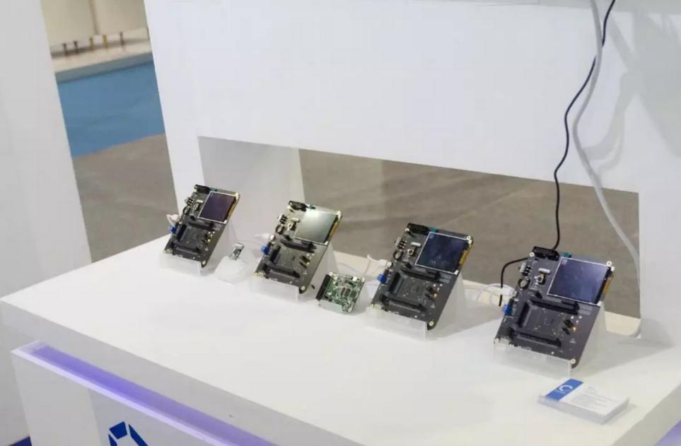 国外芯片技术交流-嘉楠携全场景端侧AI芯片亮相2019世界半导体大会risc-v单片机中文社区(16)
