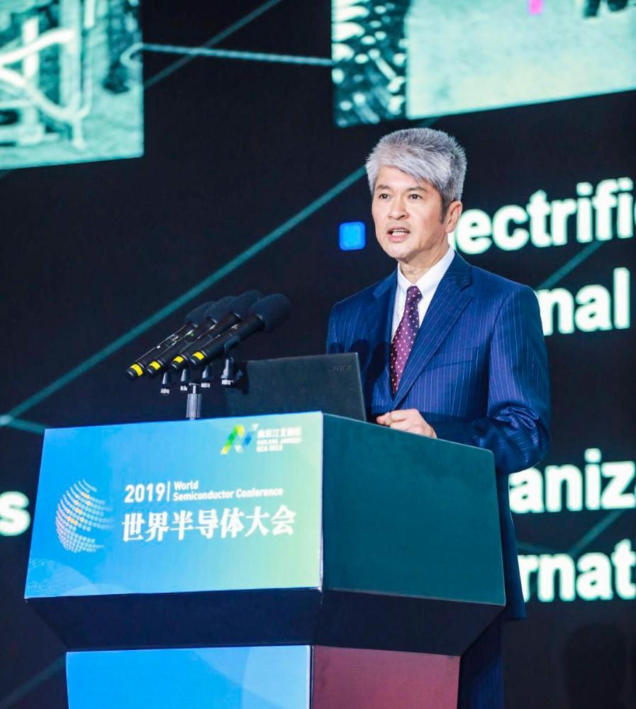 台积电:摩尔定律仍可向前推进,半导体产业发展需要哪些技术革新?