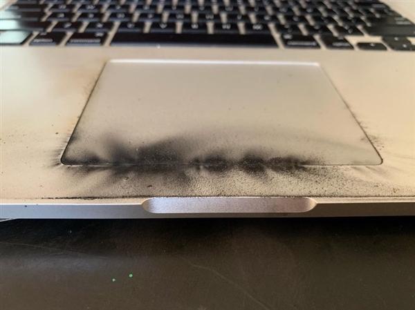 又一台15寸MBP自燃起火:苹果已召回免费换电池
