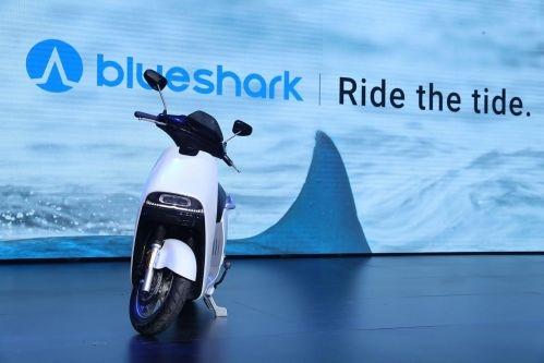 蓝鲨Robor智能电动摩托车发布 售价9988元